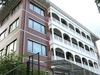 鳴滝高校図書館棟